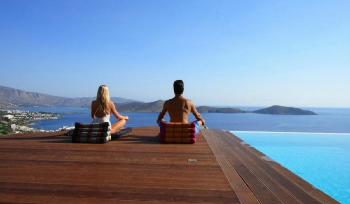 luxury-retreats-greece.jpg